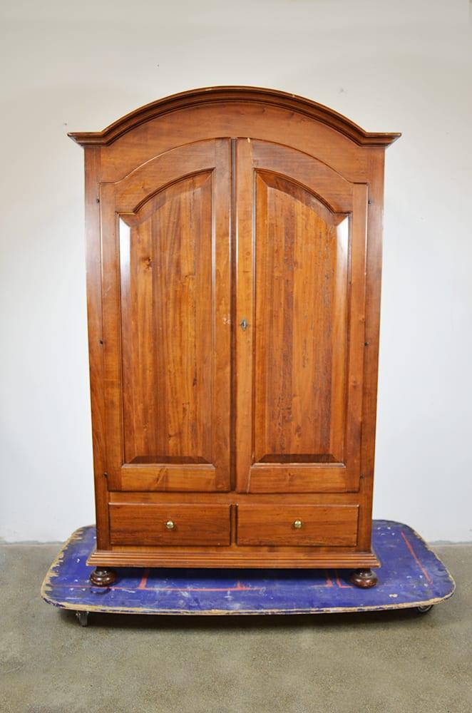 Armadio a 2 ante in legno stile arte povera - The House of ...