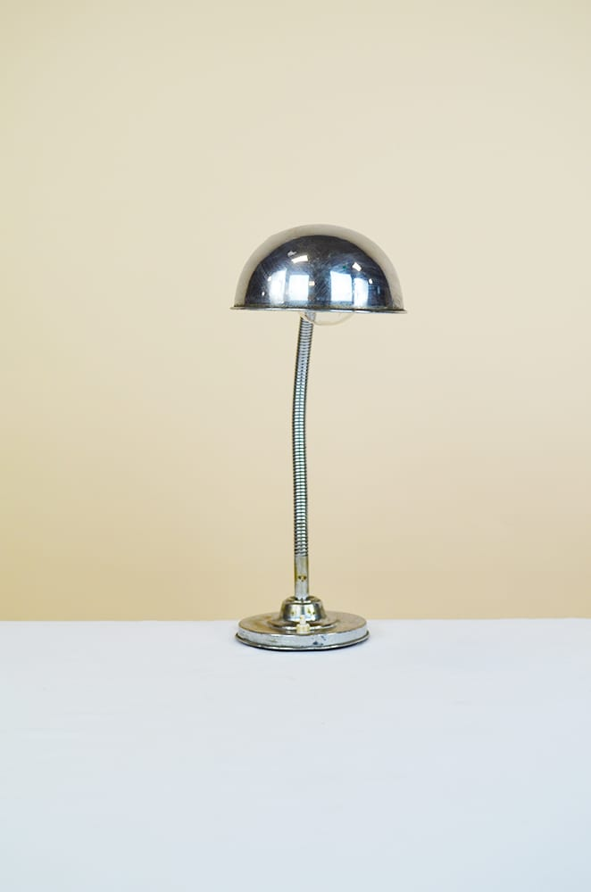 Lampada Da Tavolo Vintage In Metallo Cromato The House Of Vintage